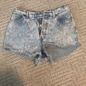 High Waisted Light Acid Wash Levi's Shorts